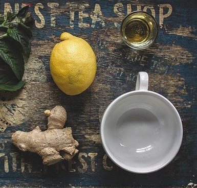 Lemon water ginger pepper
